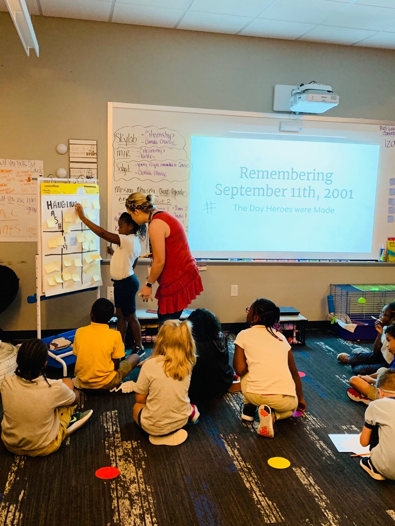 Mrs. Poynter's class learning about 911.