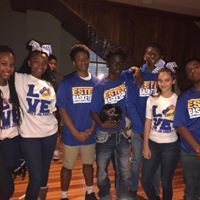 JHS Mets Volunteering
