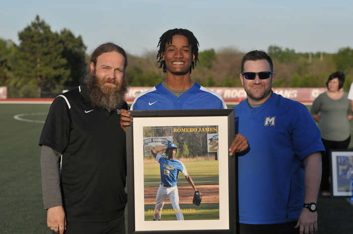 Sr Night